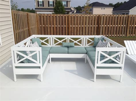 Ana White   Weatherly Outdoor Sectional!   DIY Projects