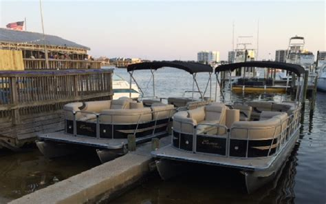 how to dock a pontoon boat in a slip sibabob most used how to dock a pontoon boat in a slip