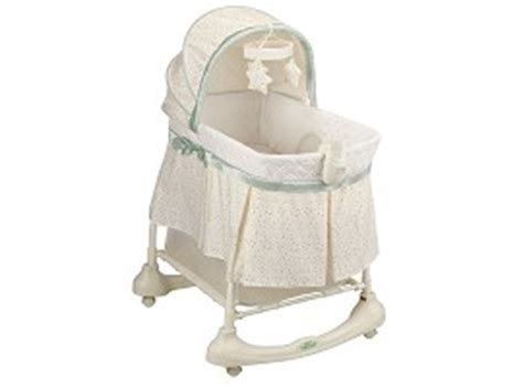 kolcraft cuddle n care 2 in 1 bassinet incline sleeper