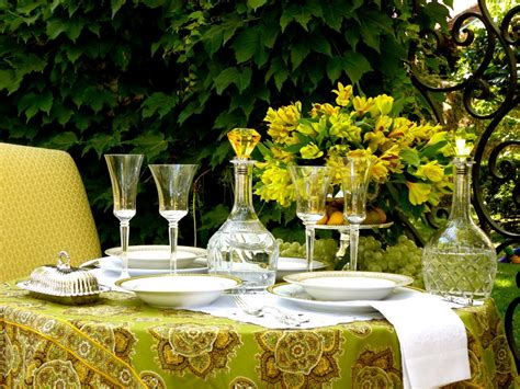 tablecloths awesome tablecloths for wedding inexpensive