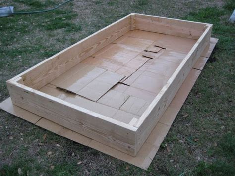 building garden beds i can totally make that diy raised vegetable garden bed
