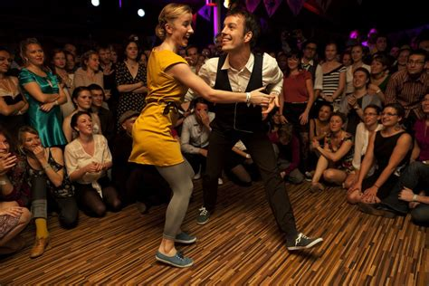 swing dance lessons new orleans where to swing dance in madrid shmadrid