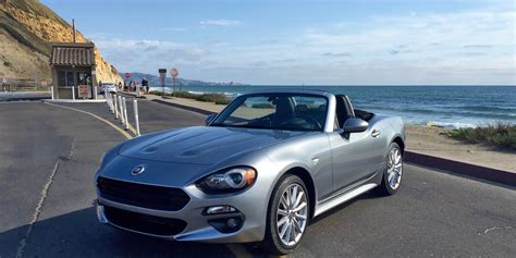 2017 fiat 124 spider review