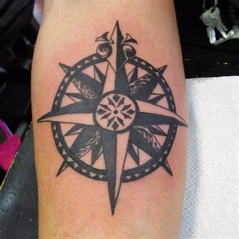 Star Tattoo On Right Hand Meaning | 34 star tattoos designs tattoos designs design trends