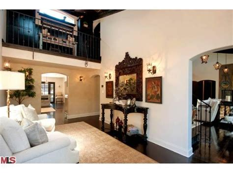 Ackles House by As Ackles Sells Two Los Angeles Homes