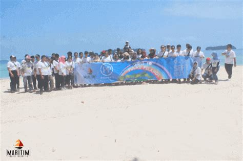 Paket Pelangi paket wisata pulau pelangi harga tour pulau seribu