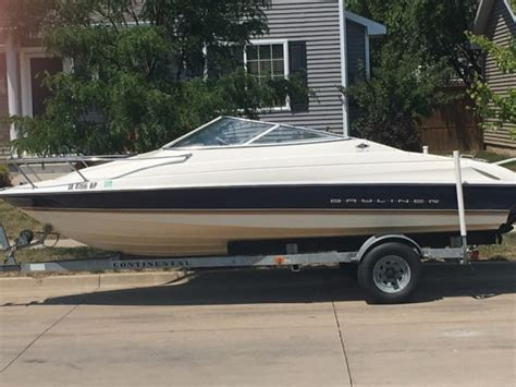 used boats des moines iowa bayliner 20 ft mercruiser great for tubing cruising