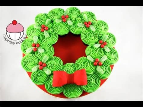 christmas cupcake cake pull apart xmas wreath cake a