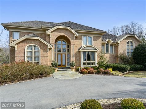 Potomac Luxury Homes Potomac Luxury Real Estate For Sale Christie S International Real Estate
