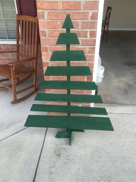 20 diy pallet tree to inspire your home