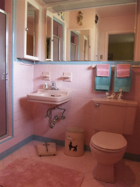50 s bathroom decor one more pink bathroom saved betty crafter