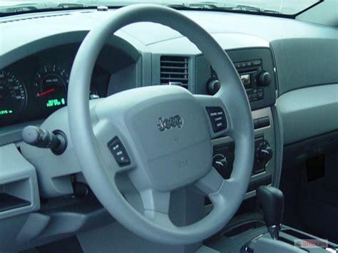 Jeep Steering Wheel Size Image 2005 Jeep Grand 4 Door Laredo 4wd Steering