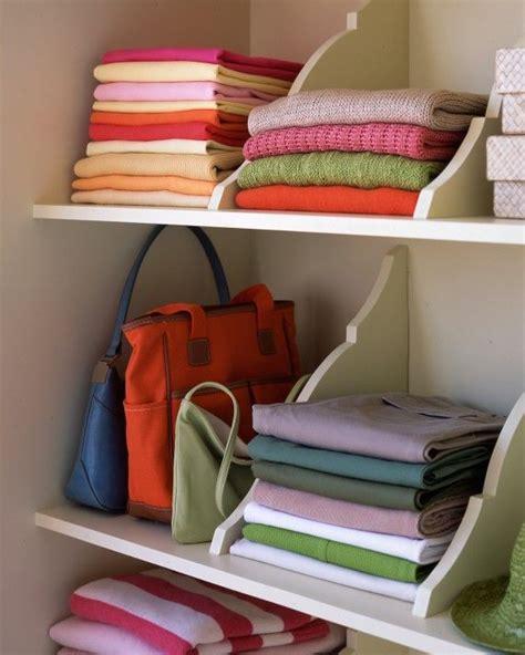 Diy Closet Shelf Dividers by 25 Best Ideas About Diy Closet Shelves On