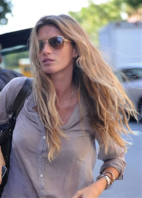 top 20 celebrity wavy hairstyles page 2
