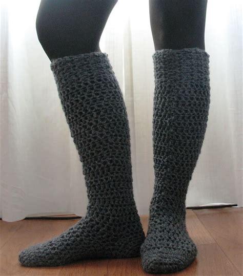 diy woolen socks 15 crochet knit pattern for knee socks diy to make