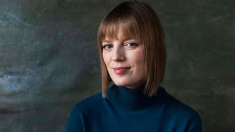 sarah polley jezebel sarah polley s op ed on men in hollywood is a welcome