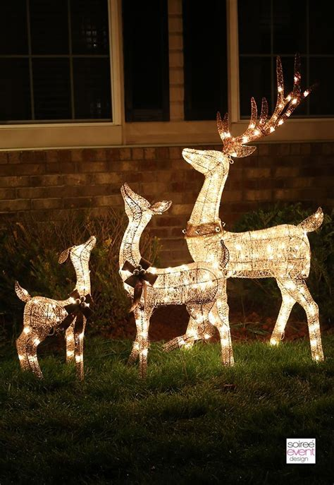 Reindeer Lights Outdoor 25 Unique Reindeer Lights Ideas On Reindeer Lights Lightbulb Ornaments