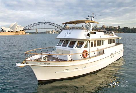 boat cruise nye silver spirit boat hire nye ticketed cruise sydney harbour