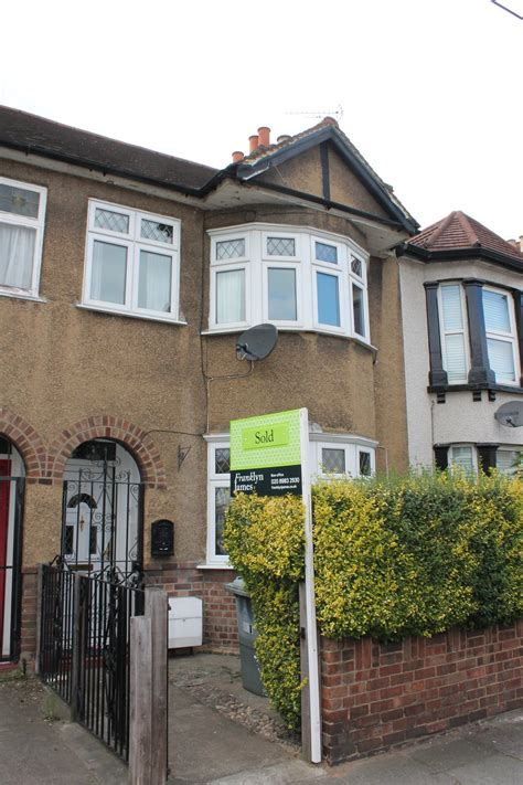 4 bedroom house to rent private landlord 4 bed house terraced to rent albert square london