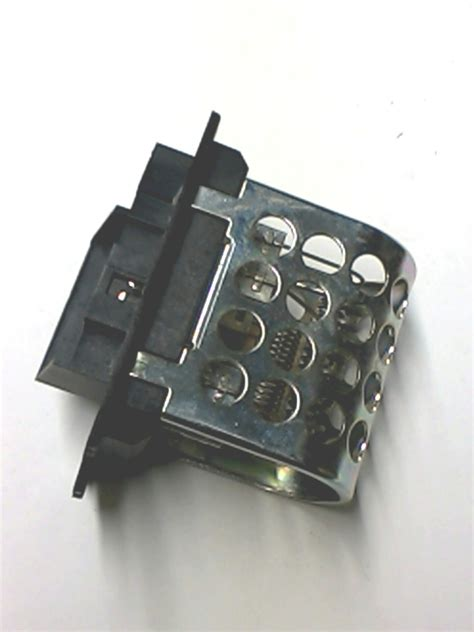 what does a heater blower motor resistor do 04885844aa chrysler resistor blower motor resistor block air conditioning heater