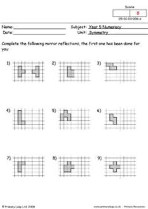 symmetrical patterns worksheet year 2 symmetrical patterns primaryleap co uk