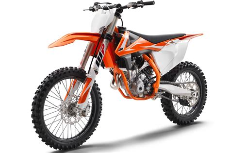Ktm Sxf 250 Price Ktm Announces 2018 Sx F Motocross Bikes 7 Fast Facts