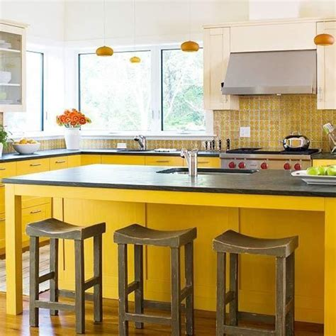 20 great kitchen designs with yellow walls