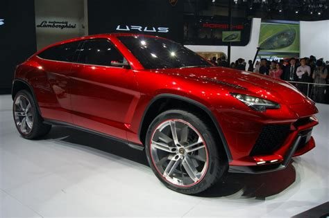 Lamborghini Urus For Sale Lamborghini Urus Due In 2018 Pictures Auto Express