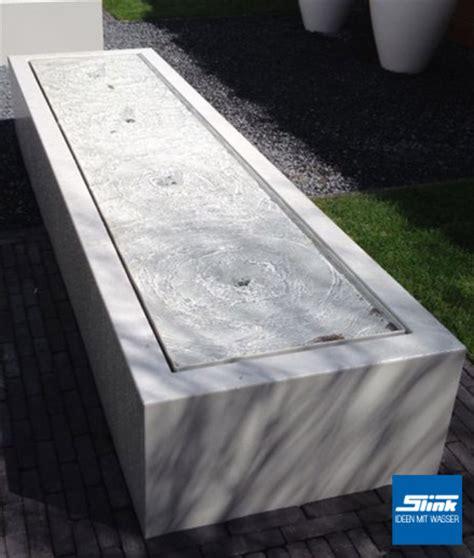moderne wasserspiele moderne gartenbrunnen designerspringbrunnen f 252 r den