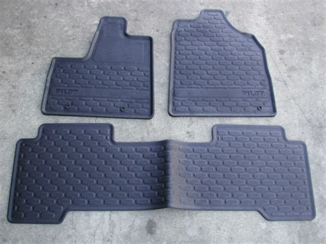 2006 Honda Pilot Floor Mats genuine honda pilot accessories factory honda accessories