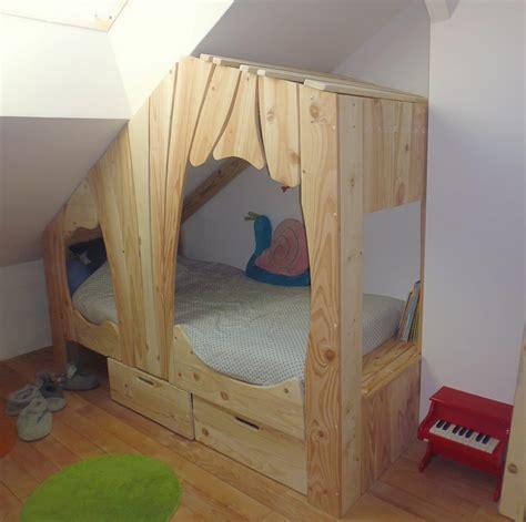 fabriquer un lit cabane lit cabane en bois sur mesure pour enfant abra ma cabane