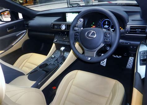 lexus sport car interior plik the interior of lexus rc300h f sport prototype jpg