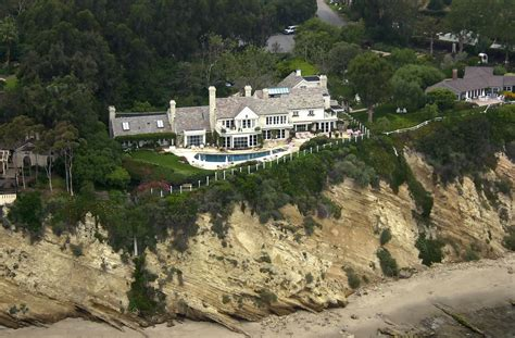 barbra streisand home barbara streisand malibu ca 2 celebrity homes lonny