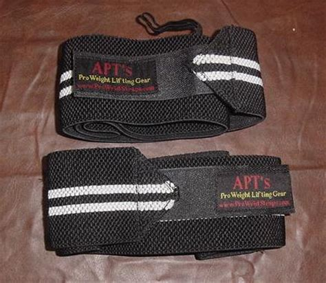 do wrist wraps help bench press powerlifting weight lifting wrist wraps