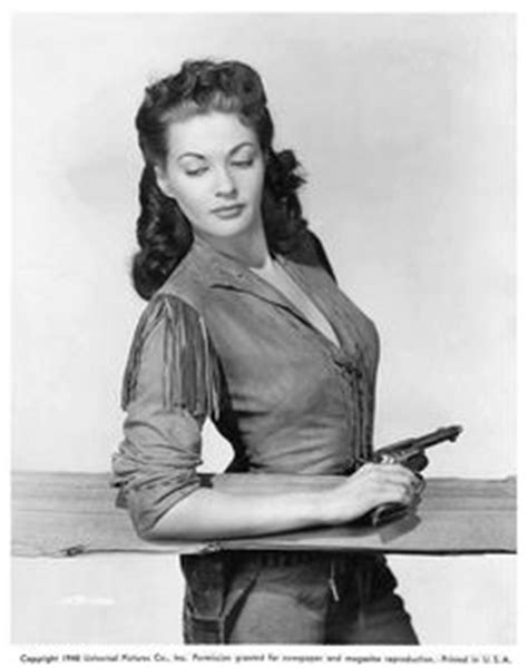 170 Best Yvonne De Carlo images | Celebrities, Classic