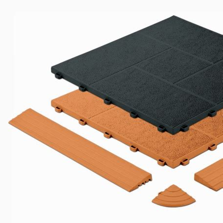 terrassenplatten aus kunststoff terrassen mit typ terra tec fliesen auslegen