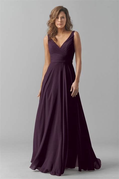 plum colored of the dresses 25 best ideas about plum bridesmaid dresses on