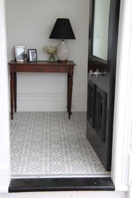 patterned hallway tiles 21 peque 241 os recibidores que te ayudar 225 n a inspirarte para