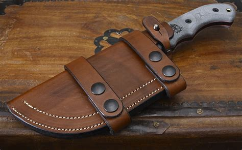 Hummer Tracking Brown hedgehog leatherworks tracker sheath woodsmonkey