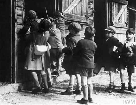 libro children and world war colony for artists under six evacuees to dartington hall totnes devon england 1941 d 3106