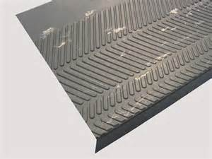Rubber Vinyl Stair Treads by Chevron Rubber Stair Treads Are Rubber Stair Treads By