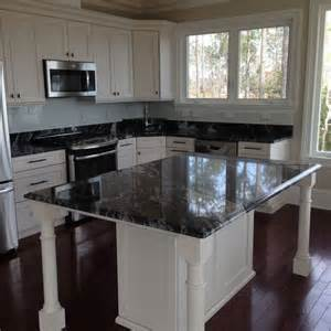 What Color Kitchen Table With White Cabinets - kitchen in arabian nights granite