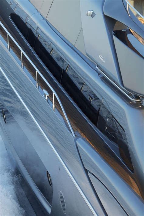 motoryacht riva yacht riva 86 domino riva yachts charterworld luxury