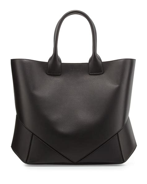 Givency Blck Parvert Tote Pouch givenchy easy origami tote bag black in black lyst