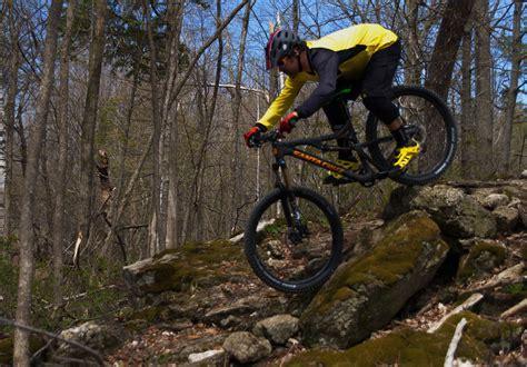 Jersey Set Trail Cros 2 review mavic crossmax enduro kit singletracks mountain bike news