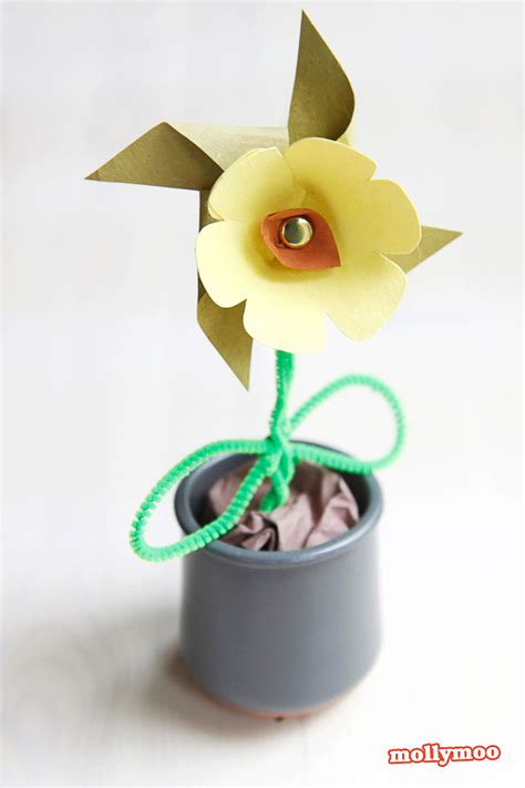 Paper Flower Craft - mollymoocrafts paper flower pinwheel craft for