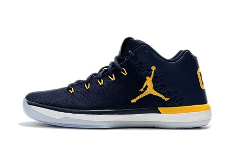 michigan shoes best sell air xxxi 31 low michigan wolverines