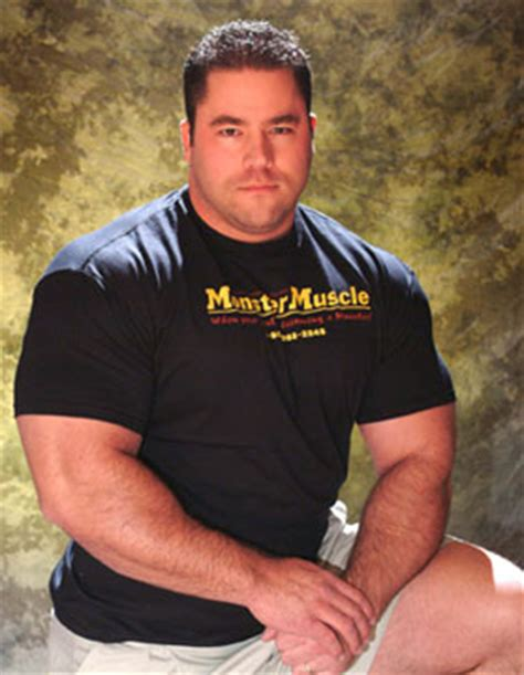 Ryan Kennelly Bench Press Routine Tips