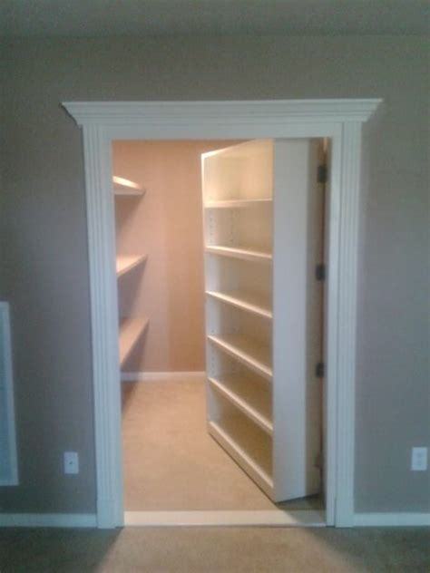 Closet   Traditional   Closet   houston   by Bjork Remodeling