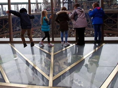eiffel tower floor l eiffel tower gets new glass floor abc news